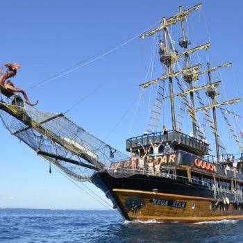 Экскурсия на пиратской яхте в Кемере